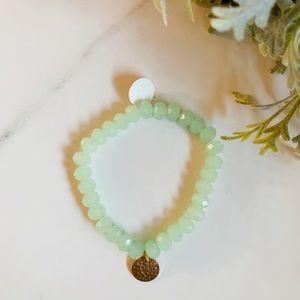 Jewelry - 3/$30 Green briolette bracelet